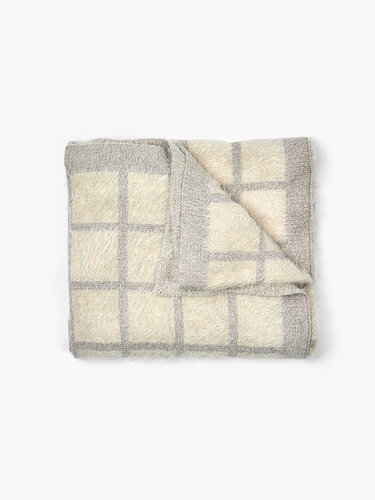Fall into Fluff Knit Blanket
