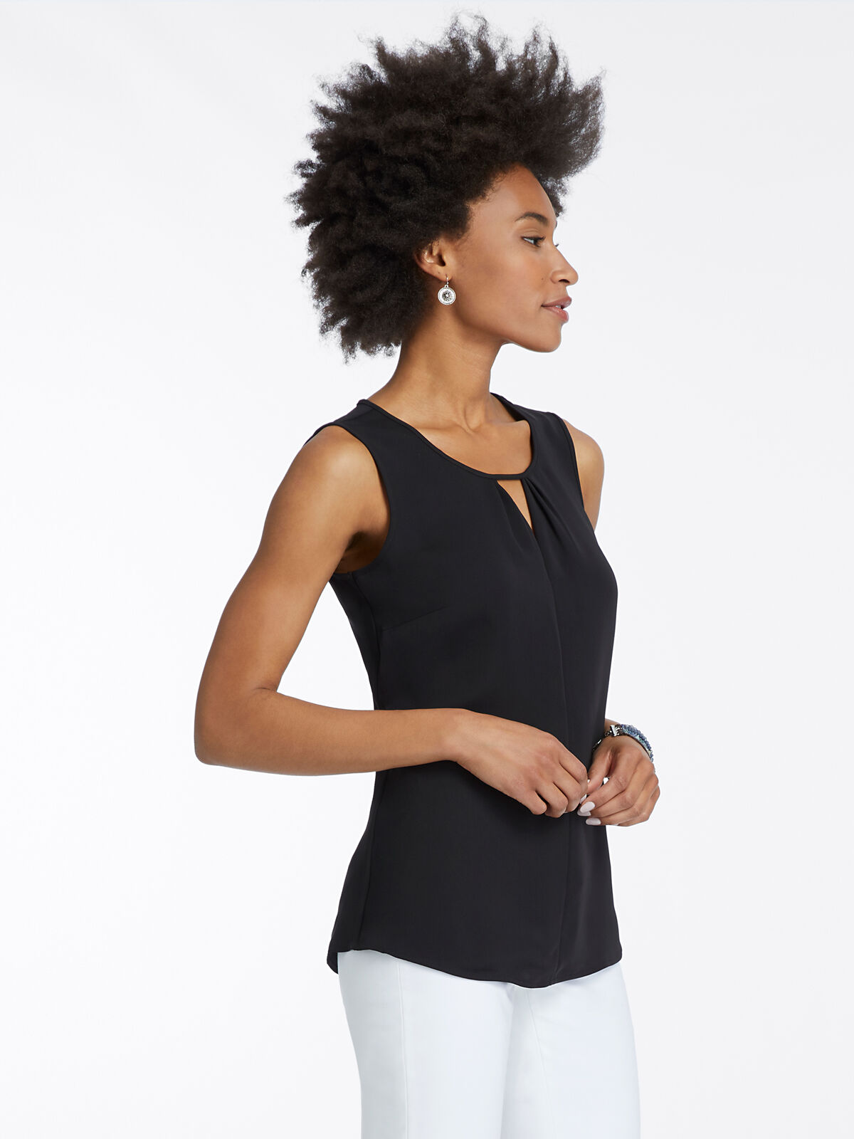 Easy Keyhole Top