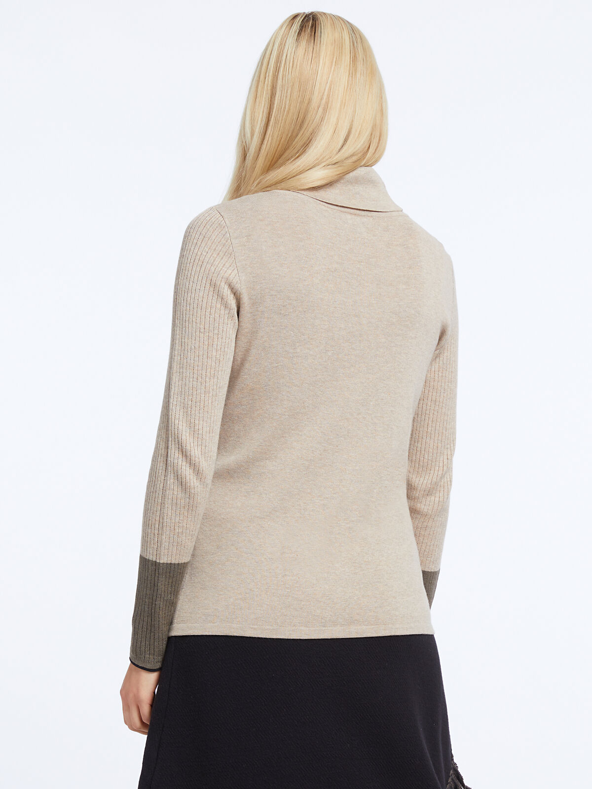 Balance Turtleneck Sweater