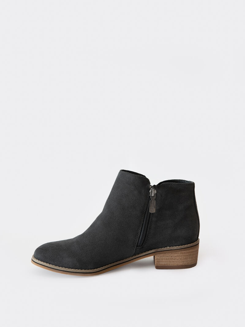 Blondo Liam Ankle Boot image number 1