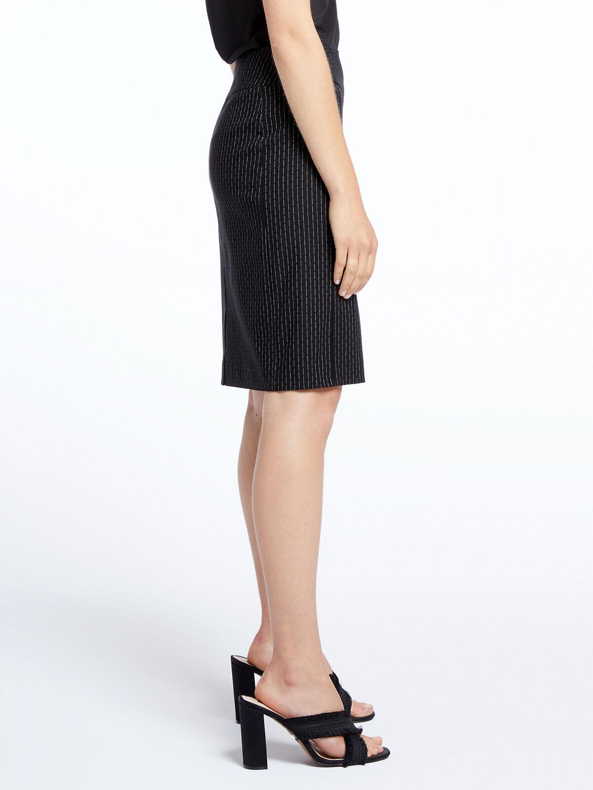 Broken Stripe Wonderstretech Skirt