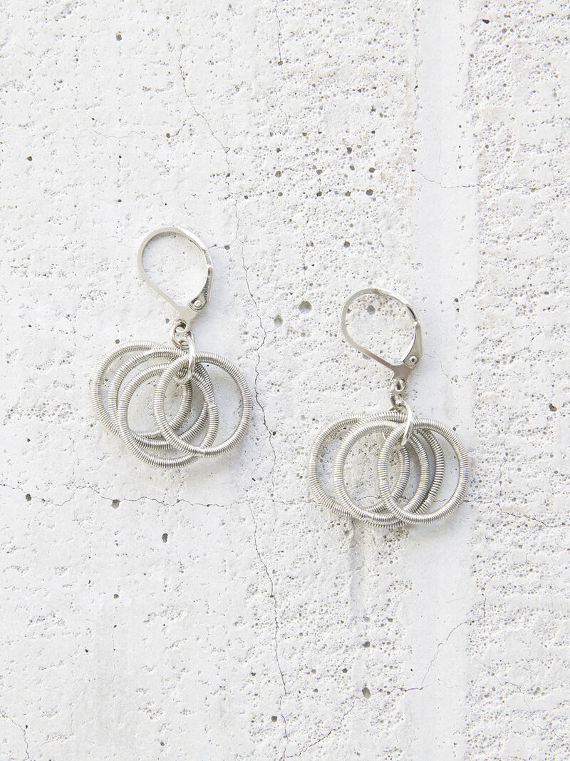 SEA LILY LOOPS EARRING image number 0
