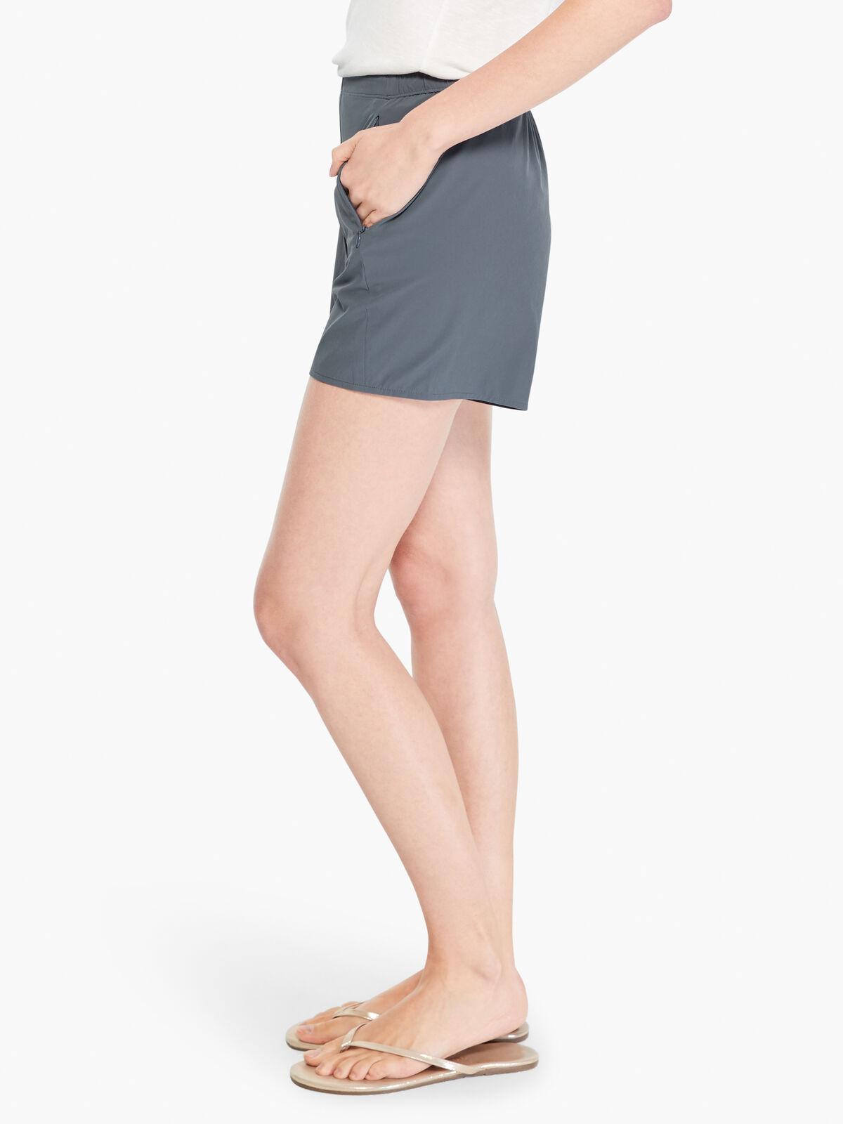Tech Stretch Short
