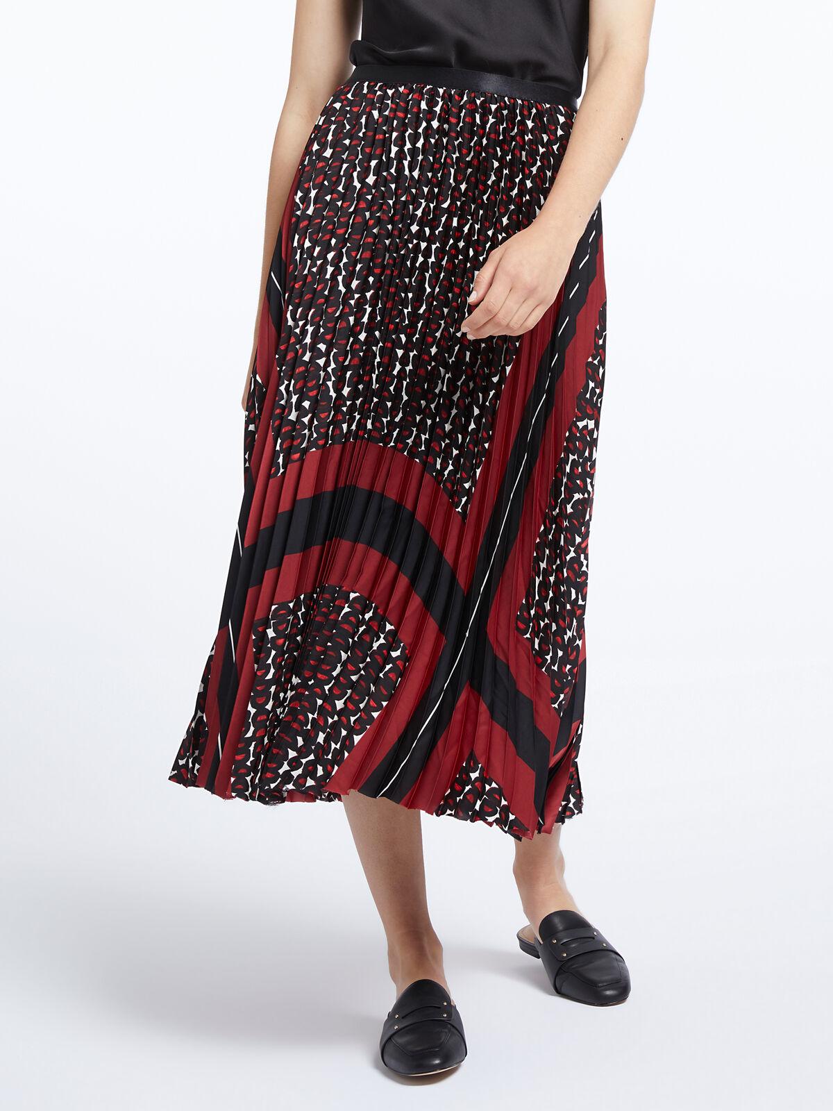 Darling Pleat Skirt