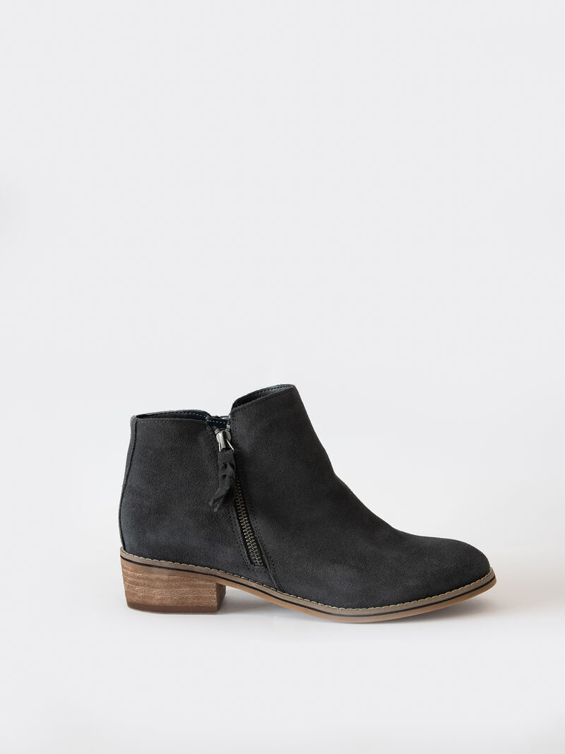 Blondo Liam Ankle Boot image number 0