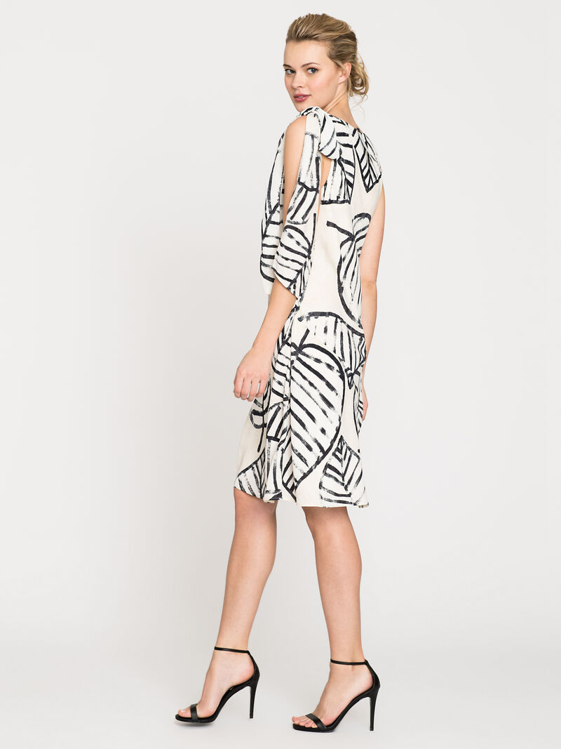 Etched Leaves Tie Dress image number 3